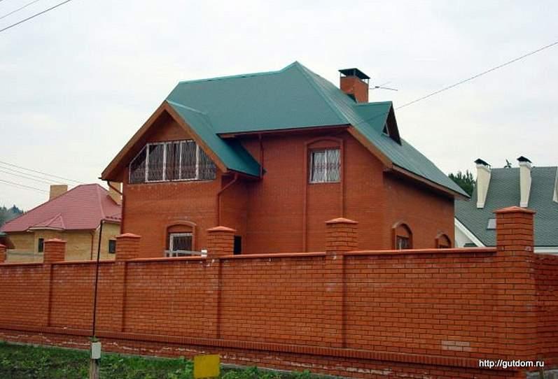 построенный дом из газоблоков