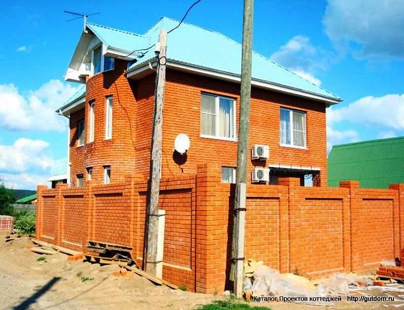 строительство дома с забором