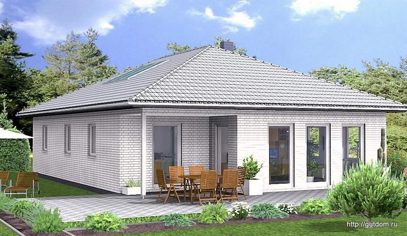 Фасад дома с видом в сад