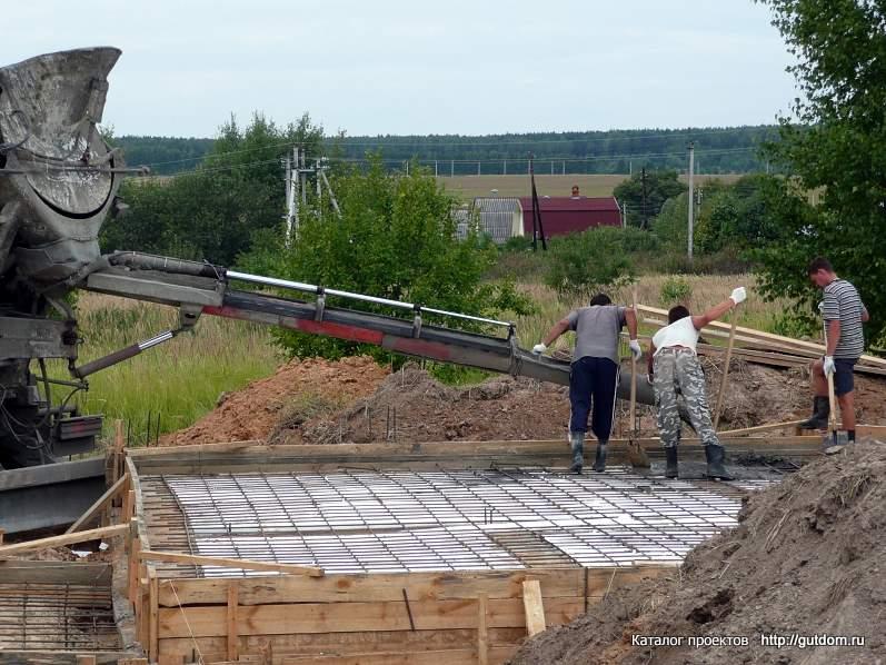 бетонирование монолитной плиты