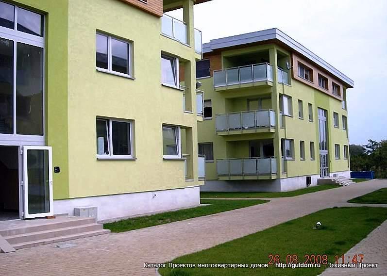 построенные трехэтажные дома
