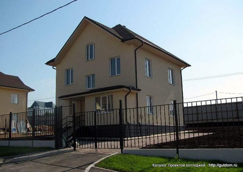 двухэтажный дом из газобетона