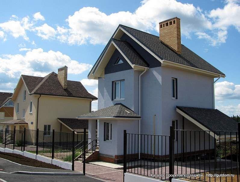 загородный двухэтажный дом